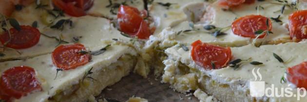 Bezglutenowa tarta z serkiem ricotta i pomidorkami
