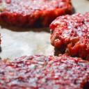 Burgery buraczano-jaglane z porem (bezglutenowe, wegańskie)